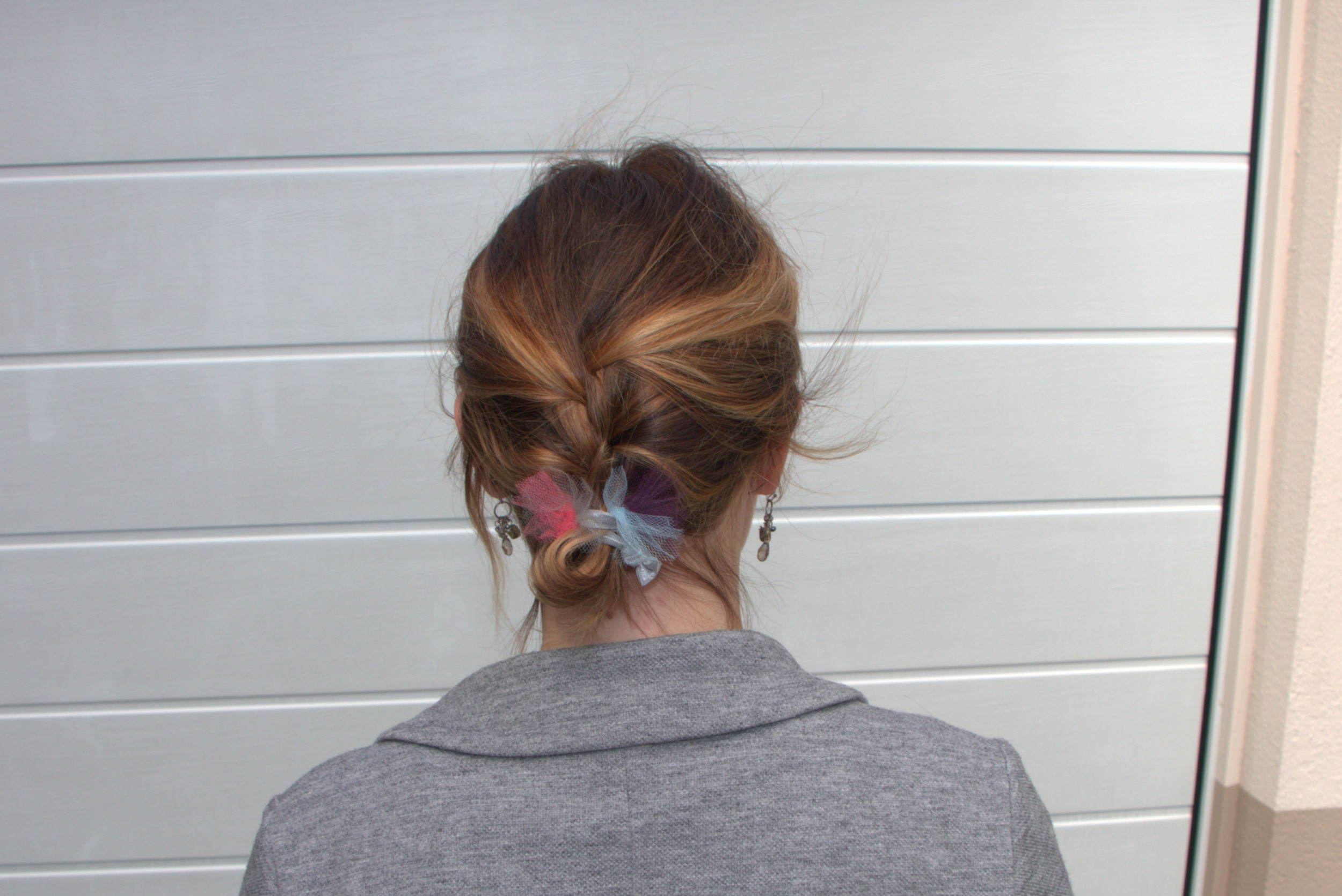 How to Make Cute Hair Ties with Tulle 0af835f1706