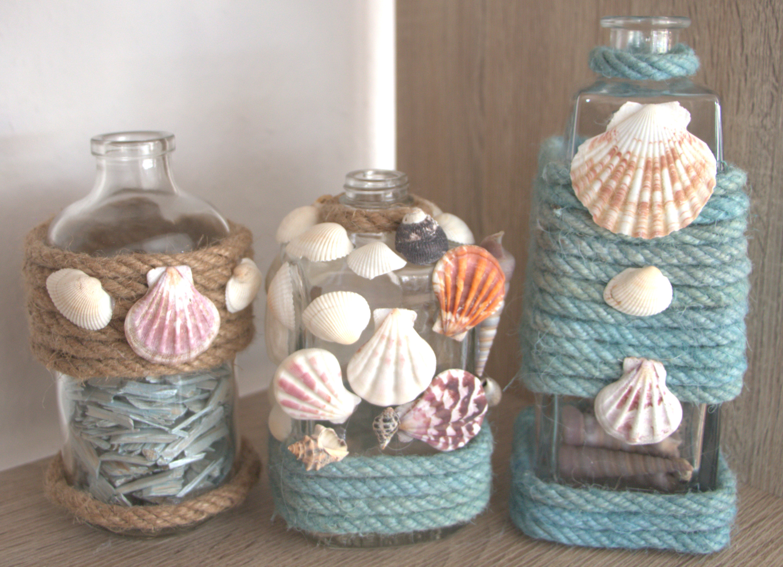 Diy seaside inspired bottle decoration for Bottle decoration