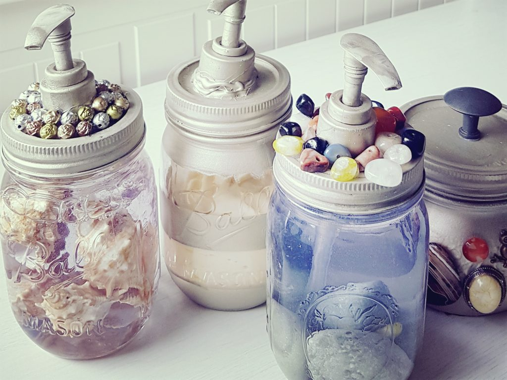 things to do with mason jars diy soap dispenser. Black Bedroom Furniture Sets. Home Design Ideas